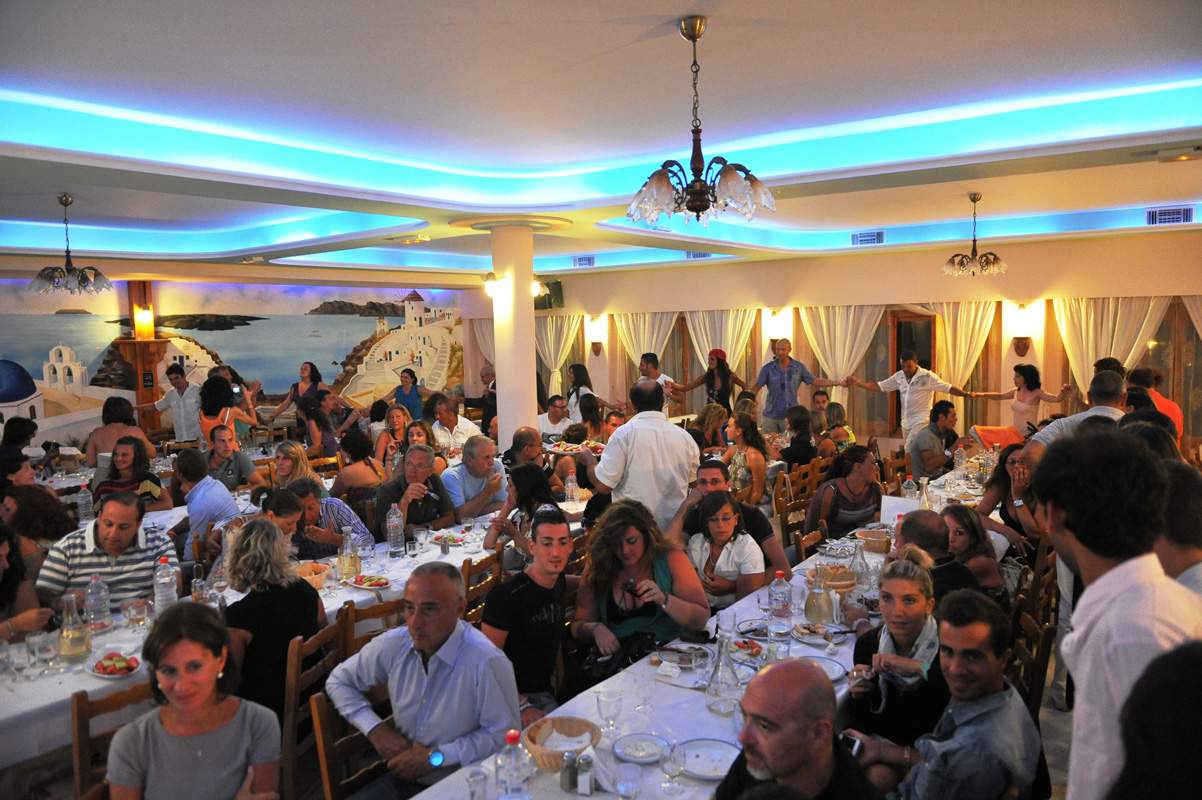 santorini restaurant dimitris greek nights (18)