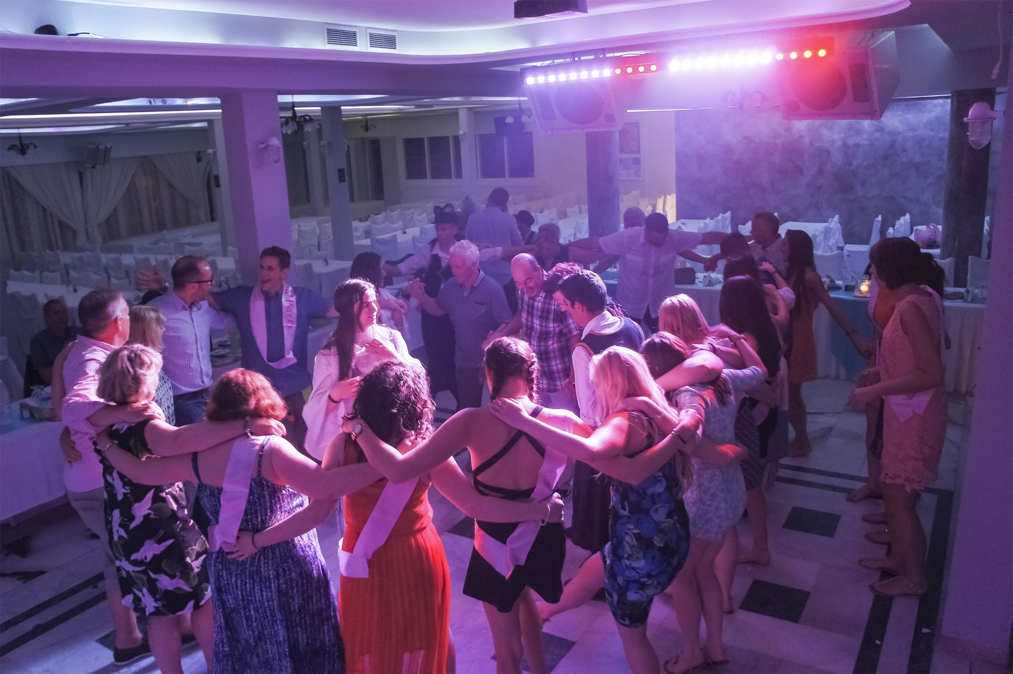 dimitris restaurant santorini greek nights dance